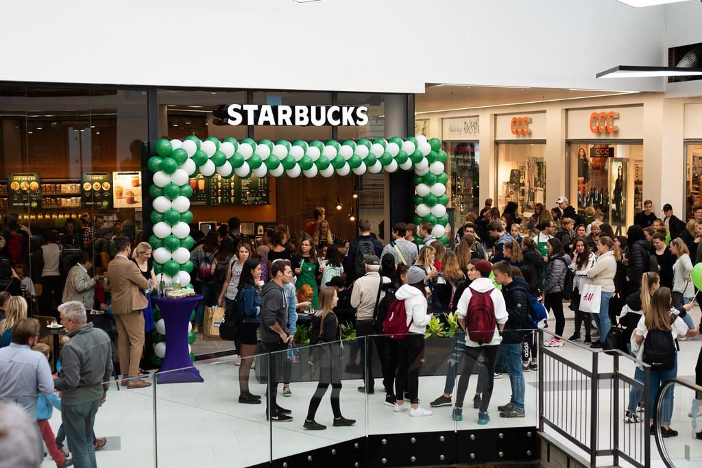 Forum Liberec Starbucks
